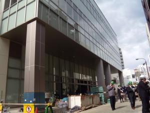 新市庁舎正面